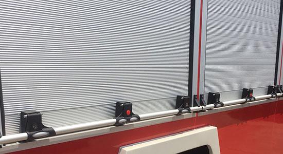 新款消防车卷帘门